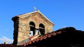 在小教会的双重响铃 库存照片