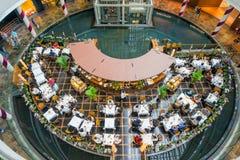 在小游艇船坞海湾沙子的商店在新加坡 图库摄影