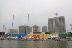 在小游艇船坞海湾的浮游物在新加坡 免版税库存图片