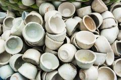 在小瓷杯子的点心泰国椰奶乳蛋糕 库存图片