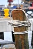 在小船的绳索从1888 免版税库存照片