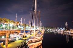 在小船围场的夜长的曝光 库存图片