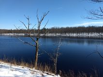 在小雪以后的穆斯黑德湖 库存照片