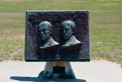 在小鹰号北卡罗来纳的莱特兄弟全国纪念品 库存照片