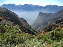 在尼姑谷,马德拉岛附近的山 免版税图库摄影