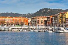 在尼斯,法国海滨,法国港的看法  免版税库存照片