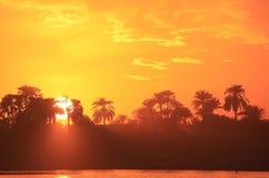 在尼罗河,卢克索的日落 免版税库存照片