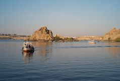 在尼罗省的两艘旅游汽艇 免版税库存图片