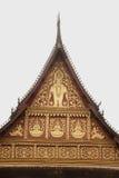 在屋顶教会的老挝艺术老挝寺庙的。 图库摄影