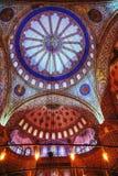 在屋顶的古老绘画在苏丹阿哈迈德清真寺(蓝色Mosqu 库存图片