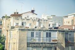 在屋顶的太阳锅炉在里雄莱锡安 库存图片