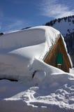 在屋顶的雪(2) 免版税库存照片