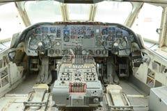 在展示的葡萄酒平面驾驶舱在brooklands博物馆,英国 库存照片