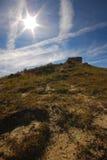 在山上的白天星 库存图片