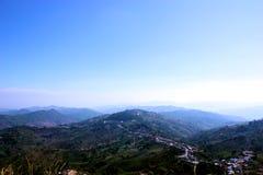 在山上面的美好的风景 库存照片