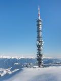 在山会议的无线电铁塔 免版税库存照片
