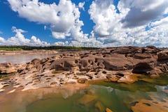 在山姆平底锅Bok的未看见的泰国石头峡谷在Mae孔河 免版税库存图片