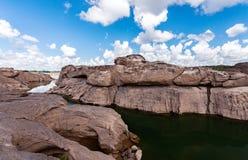 在山姆平底锅Bok的未看见的泰国石头峡谷在Mae孔河 免版税库存照片
