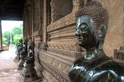 在山楂Pha Kaeo,万象,老挝的Buddhas 库存照片