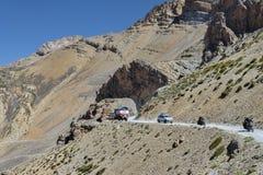 在山的交通 免版税图库摄影