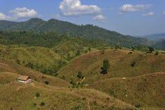 在山的传统小屋在楠府,泰国的北部 图库摄影