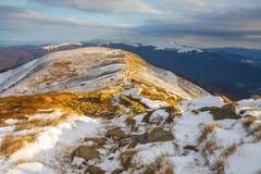 在山的冬天风景,波兰 库存照片
