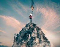 在山的发烟信号 免版税图库摄影