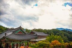 在山的和尚寺庙在韩国 库存图片