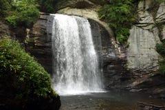 在山的小瀑布 免版税库存照片