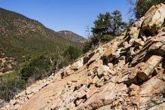 在山的岩石 库存照片