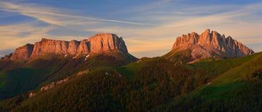 在山的早晨 库存照片