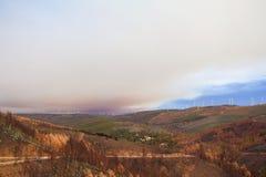 在山的火在葡萄牙 免版税库存图片
