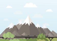 在山的火车 免版税库存照片
