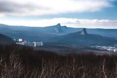 在山的看法从Razvalka mounain,北高加索,俄罗斯 库存图片