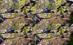 在山的石头 免版税库存照片
