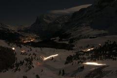 在山的繁忙的晚上 图库摄影