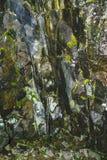 在山的纹理石岩石 库存图片