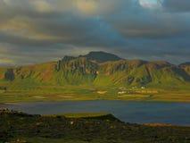 在山的美丽的景色 免版税库存照片