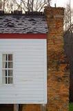 在山的老农舍 库存照片