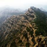 在山的自然步 免版税库存照片
