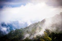 在山的薄雾在清迈 库存图片