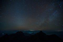 在山的银河 图库摄影