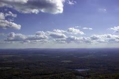 在山的阿里埃勒视图在纽约州 免版税库存照片