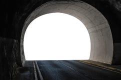 在山的隧道与汽车路和被隔绝的白色出口 免版税库存图片