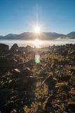 在山脉,新西兰的特卡波湖日出 免版税库存照片