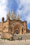 在山顶的Tibidabo的寺庙在巴塞罗那 库存图片