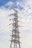 在岗位的电能线传输 免版税库存照片