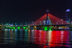 在岘港市市,越南跨接穿过河 库存照片