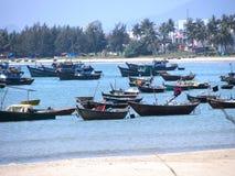 在岘港市(越南)附近的Viet小船 免版税库存图片