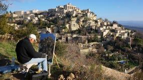 在岩石小山建造的戈尔代中世纪村庄 免版税库存照片